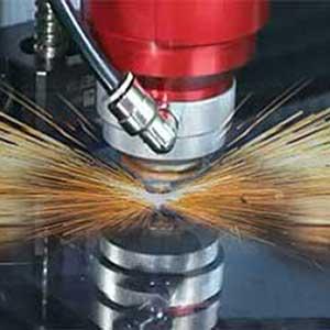 taglio-plexiglas-laser-espositori-su-misura